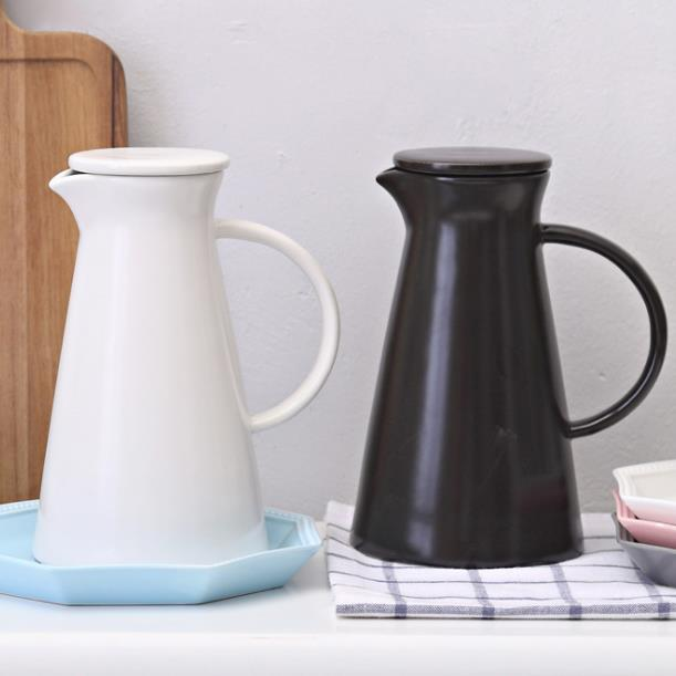 Large-capacity Ceramic Pitcher